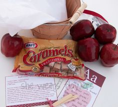 """Wrap up caramels and apples for teacher Christmas gift! At a tag """" To a most A-peel-ing Teacher! Dip into a very Merry Christmas"""" Cute Teacher Gifts, Teacher Christmas Gifts, Teacher Appreciation Gifts, Christmas Presents, Fall Gifts, Very Merry Christmas, School Gifts, Room Mom, Craft Gifts"""