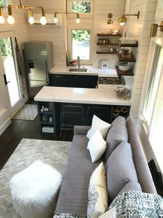 16 Tiny House Furniture Ideas - - Living in a tiny house surely is not same with living in a big house. When you can choose any furniture for your big house, you can't do that for a tiny house. A tiny house needs special furnitur. Modern Tiny House, Tiny House Cabin, Tiny House Living, Tiny House Plans, Small House Design, Tiny House On Wheels, Tiny House Layout, Small Living, Best Tiny House