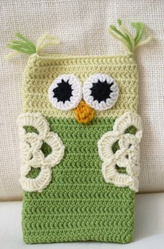 Hey, I found this really awesome Etsy listing at https://www.etsy.com/uk/listing/460211106/mobile-phone-cover-knitted-owl-gift-for