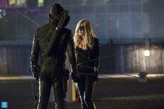 Photos - Arrow - Season 2 - Promotional Episode Photos - Episode 2.04 - Crucible - ar204a_6210b-jpg-87e3c3b6-t3