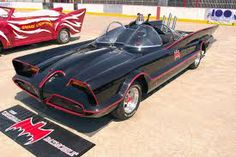 Batman is the best. Perhaps the most famous Batmobile comes from the TV series starring Adam West. Based on a Lincoln Futura, king customizer George Barris designed this bat-ride with a number of cool gadgets and unique features. Batman Batmobile, Batman 1966, Batman Auto, Classic Tv, Classic Cars, Famous Movie Cars, Film Cars, Childhood