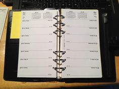 lots of different great and free basic planner templates for binders @ paigepaigen