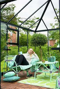 Juliana Oasis 13,5 m² turvalasilla, harmaa runko - Kivikangas