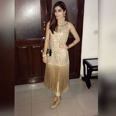 Omg omg omg I love this dress. Pakistani Gowns, Beautiful Pakistani Dresses, Pakistani Fashion Party Wear, Pakistani Couture, Pakistani Outfits, Pakistani Actress, Indian Designer Outfits, Designer Dresses, Diy Gown