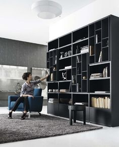 An interior design service tailored to you. BoConcept is a Danish furniture store that turns houses into modern homes. Browse our designer furniture. Bookshelf Design, Bookcase Storage, Shelving, Cupboard Shelves, Wall Shelves, Home Library Design, Home Interior Design, House Design, Sofa Design