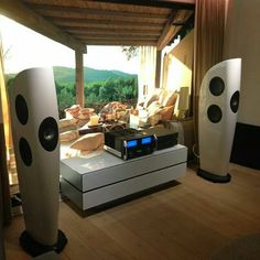 High-End Audio Listening audiophile room design