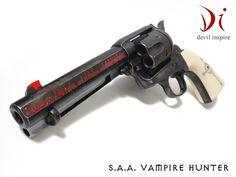 Yuri Custom Works S.A.A. Vampire hunter