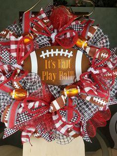 Sharing a football wreath by Wreaths by Crazy Lady Football Wreath Roll TidesAlabama wreath Alabama Crimson *affiliate link Alabama Football Wreath, Alabama Wreaths, Sports Wreaths, Mesh Wreaths, Alabama Crimson, Crimson Tide, Alabama Crafts, Seashell Wreath, Sports Decor