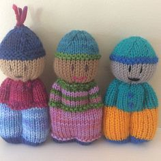 Knitted Doll Patterns, Knitted Dolls, Knitting Patterns, Crochet Patterns, Knitting Little Dolls, Loom Knitting, Baby Knitting, Crochet Chicken, Knit Dishcloth