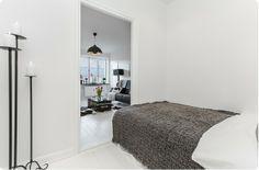 http://trendesso.blogspot.sk/2013/12/scandinavian-apartment-in-black-white.html
