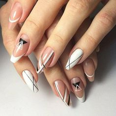 54 Flower Patterned Nails Models and Photos floral pattern nails, flower pattern nails, naive floral pattern, floral nails designs, … French Nail Designs, White Nail Designs, Nail Art Designs, White Nail Art, White Nails, Swag Nails, My Nails, Nagellack Design, Nail Patterns