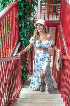 #travels #coffee #colombia #experience #valtikav #clothes #moda #modafemenina #women #flowers #fashion #viajes #trip Flowers, Clothes, Dresses, Women, Fashion, Moda Femenina, Venice, Haciendas, Viajes