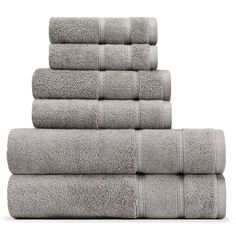 Add a spa-like feel to your bathroom décor with the Belle Haven Bath Towel Set from Nautica. The convenient set includes 2 bath towels, 2 hand towels and 2 wash towels made from super-soft, plush and absorbent terry cotton. Orange Bath Towels, Green Hand Towels, Grey Bath Towels, Grey Baths, Bathroom Color Schemes, Face Towel, Bath Towel Sets, Bathroom Towels, Vestidos