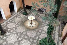 Alhambra - Patio de la Reja - photo: Robert Bovington  # Alhambra # Granada #Andalusia #Spain http://bobbovington.blogspot.com.es/2011/10/alhambra.html