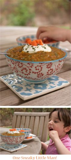 Zucchini & Carrot Soup Recipe - A healthy vegetable soup on FamilyFreshCookin. Squash Vegetable, Vegetable Soup Healthy, Veggie Soup, Gluten Free Recipes, Healthy Recipes, Yummy Recipes, Turkey Broth, Good Food, Yummy Food