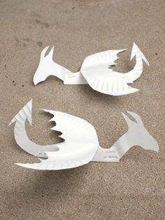 Cómo hacer colorido y divertido, volar dragones plato de papel! | Rosa Stripey Calcetines