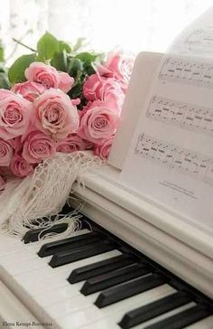 Playing piano is a joy. Music Wallpaper, Flower Wallpaper, Music Aesthetic, Pink Aesthetic, Piano Photography, Piano Art, Sparkling Stars, Affinity Photo, Rose Cottage