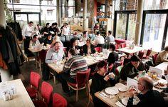 maybach - Restaurant & Biergarten in Köln. Der Salat mit Ziegenkäse ist sehr zu empfehlen!