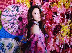蜷川實花 Mika Ninagawa 展覽:鮮豔鏡頭下的真實綻放 - 設計誌.讀設計 - Pinkoi