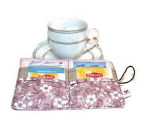 Floral Tea Carrier / Pink tea wallet flowers from Driworks by DaWanda.com