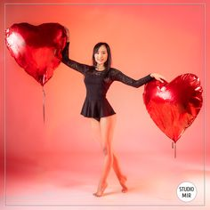 Pour la saint Valentin, offrez vous une séance photo romantique en studio ! Venez vous faire plaisir le temps d'un shoting avec notre photographe