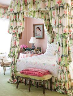 Shabby Chic Home Decor Shabby Chic Bedrooms, Shabby Chic Homes, Cozy Bedroom, Shabby Chic Decor, Bedroom Decor, Floral Bedroom, Bedroom Ideas, Bedroom Retreat, Mug Design
