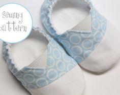 Bebé zapatos patrón zapatos de hombre tamaños 1 a 5 por petitboo