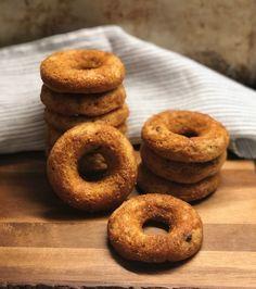 Ντόνατς κανέλας χωρίς γλουτένη & χορτοφαγικά! – Gfhappy Vegetarian Smoothies, Vegan Vegetarian, Vegetarian Recipes, Healthy Sweets, Desert Recipes, Doughnut, Free Food, Sugar Free, Deserts