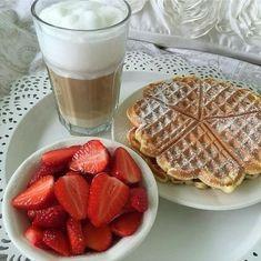 Think Food, I Love Food, Good Food, Yummy Food, Tasty, Food Goals, Cafe Food, How To Make Breakfast, Aesthetic Food