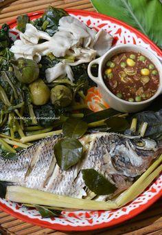Thai Food Menu, Best Thai Food, Thai Dishes, Food Dishes, Thai Recipes, Clean Recipes, Authentic Thai Food, Laos Food, Hotel Food