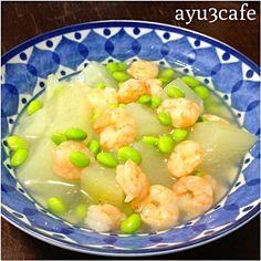 温かくても冷やしても 美味しい(⁎⁍̴ڡ⁍̴⁎) - 12件のもぐもぐ - 冬瓜の海老と枝豆の餡かけ by ayu3cafe