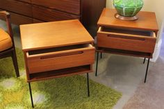 LOVE these end tables!