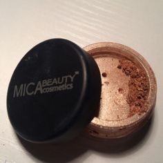 ⭐️LASTCHANCE⭐️Mica Beauty Cosmetics Shimmer Powder New never used. In the shade bronze. Tons of product underneath the separater too. No box included. Makeup Eyeshadow