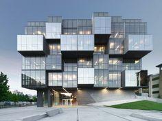 UCB Faculty of Pharmaceutical Sciences / Saucier + Perrote architectes