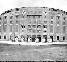 Yankee Stadium, 1920s