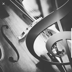 """""""Αν η μουσική   είναι η τροφή της αγάπης.. παίξε κι άλλο."""" ♡ #WilliamShakespeare  #Love #Amor #Music"""