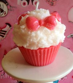 Buttercream Scented Bow Cupcake Candle by SweetCandleBake on Etsy, $7.00