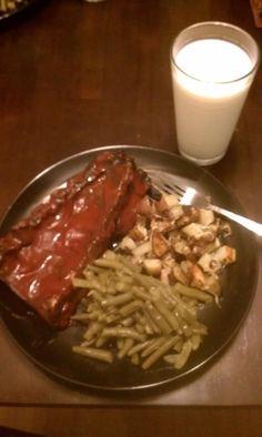 BBQ Pork Rib..., Red potatoes with garlic, red onions, sea salt & pepper..., Garlic butter green beans and sea salt... Yum Yum...