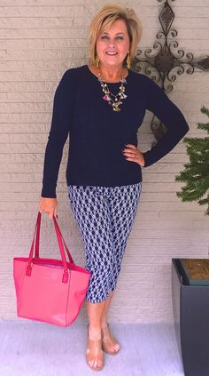 fashion trends for women over for women over 50 style, Fashion For Petite Women, Womens Fashion Casual Summer, Over 50 Womens Fashion, Black Women Fashion, 50 Fashion, Fashion Over 40, Women's Fashion Dresses, Women's Dresses, Autumn Fashion