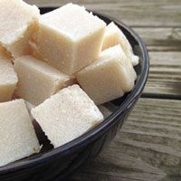 How to Make Your Own Vanilla Sugar Scrub Cubes (single use cube)