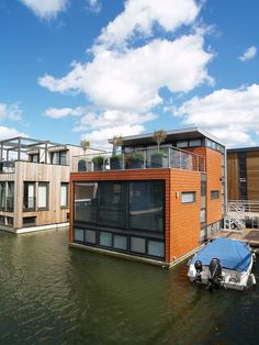 Floating Houses, Amsterdam IJburg, The Netherlands Architecture Cool, Floating Architecture, Residential Architecture, Houseboat Living, Haus Am See, Water House, Unusual Homes, Floating House, My House