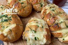 Sarımsaklı Ekmek Tarifi nasıl yapılır? 8.977 kişinin defterindeki Sarımsaklı Ekmek Tarifi'nin detaylı anlatımı ve deneyenlerin fotoğrafları burada. Baked Potato, Rolls, Cooking Recipes, Vegan, Ethnic Recipes, Food, Malaga, Amp, Buns