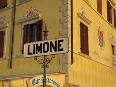 Het Gardameer in Italië: Limone sul Garda aan het Gardameer. www.luxetent.nl