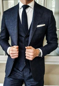 Suit Goals cc: @ menwith class – Men's style, accessories, mens fashion trends 2020 Affordable Mens Suits, Mode Costume, Designer Suits For Men, Formal Suits, Men Formal, Wedding Men, Vintage Wedding Suits, Mens Black Wedding Suits, Vintage Groom