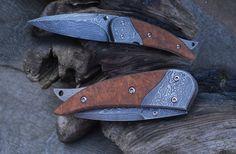 linerlock. Damascus blade, handle Damascus and Arborvitae. titanium