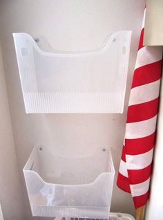 Shopping bag storage - A Smarter Way to Organize All Your Reusable Grocery Bags – Shopping bag storage Grocery Bag Storage, Plastic Bag Storage, Plastic Bins, Paper Storage, Paper Organization, Kids Storage, Storage Hacks, Storage Bins, Organizing Tips