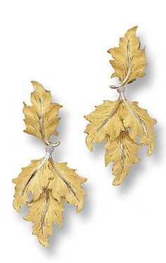 PAIR OF TWO-COLORED GOLD PENDANT-EARCLIPS, BUCCELLATI