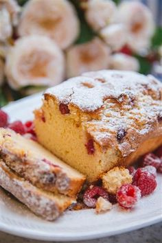 French Yogurt Cake {The Easiest Cake in The World!} - The Londoner Cake Recipes For Kids, Sweet Recipes, French Recipes, Fast Recipes, Just Desserts, Delicious Desserts, French Yogurt Cake, Cake Recept, French Patisserie