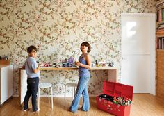 5ac1343c381d Simon and Eva Luna play in front of a wall covered in Daks wallpaper from  Walnut. Photo 10 of 13 in A Fresh Dose of Color Livens Up This Midcentury  Los ...