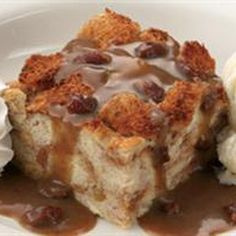 Famous Dave's Bread Pudding @keyingredient #dessert #bread